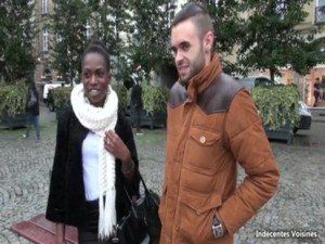 Tous à Rennes pour enculer Jaina sénégalaise de 22 ans