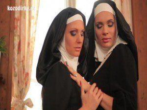 Freiras lésbicas fazendo sacanagem