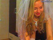 Noiva exitada antes do casamento gozando na webcam