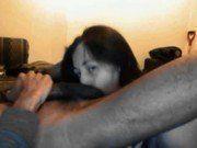 Esposa gulosa chupando as bolas do marido