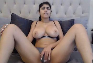 Mia Khalifa o retorno na webcam