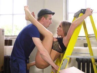 Pintor safado fazendo sexo com a cliente