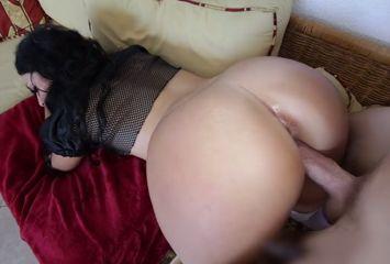 Video de sexo de quatro com morena rabuda