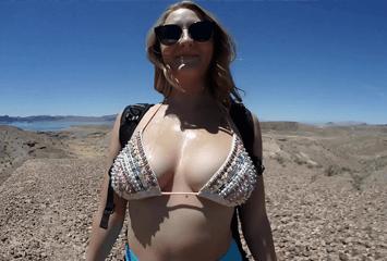 Loirinha peituda perdeu a virgindade anal em público na praia em seu primeiro vídeo de sexo anal